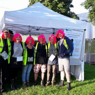 pink-wigged-bus-team